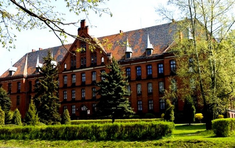budynek Dobroszyce
