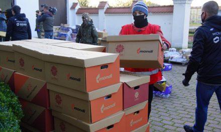350 paczek dla seniorów od Fundacji KGHM